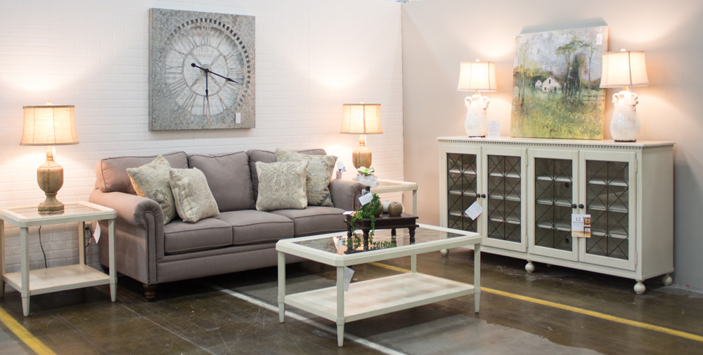 living room furniture and couches in clarksville tn